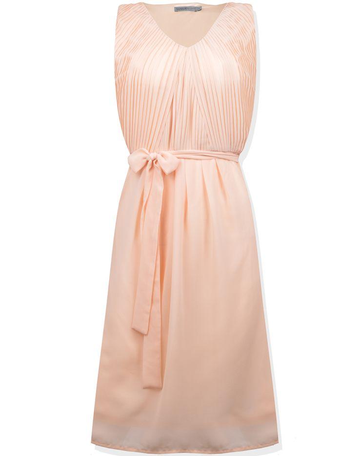 ❤️ Sukienka marki Soaked in Luxury  ❤️ Rozmiar z metki XS (34) (moim zdaniem to S (36))  ❤️ Idealna na wesele i do pracy  ❤️ W pasie posiada pasek i dwie szlufki  ❤️ Posiada podszewkę  ❤️ Kolor brzoskwiniowy - łososiowy  ❤️ Zapinana z boku na kryty suwak  ❤️ Sukienka posiada obcięte wstążki wewnętrzne (do wieszania sukienki) nie przeszkadza w użytkowaniu  ❤️ Długość całkowita 100cm, Szerokość w biuście 41cm x2, Szerokość w pasie (tali) 35cm x2