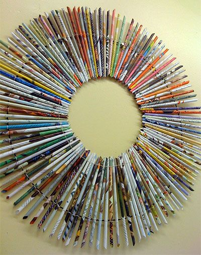 How to Make a Rolled Paper Wreath / magazine recycling project (upcycling)