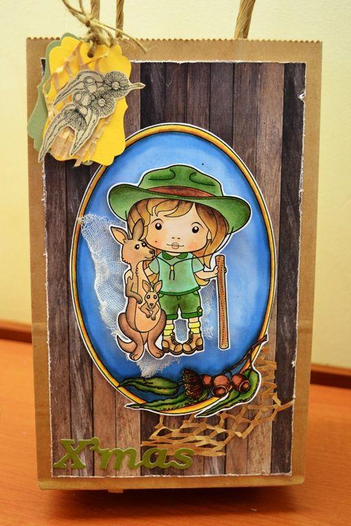 La-La Land Stamps, http://sharonshowcase.blogspot.com, Kangaroo, Australia, Australiana, Altered Bag, Gift Bag, Paper Bag, Nana Vic's Digitals, Christmas, Dana Garson Design Digital Paper