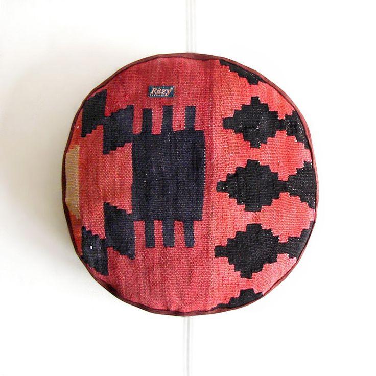 Homeware – Round Tribal Meditation Kilim Pillow – a unique product by RitzySelection on DaWanda