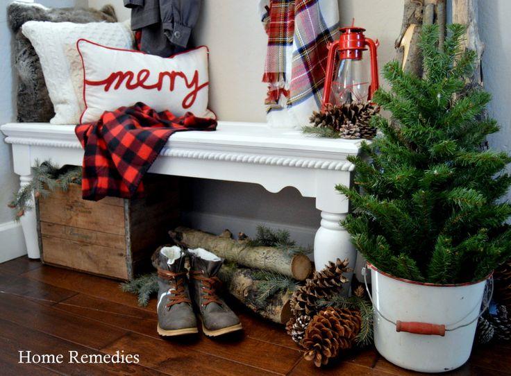 Best 25+ Christmas Entryway Ideas On Pinterest