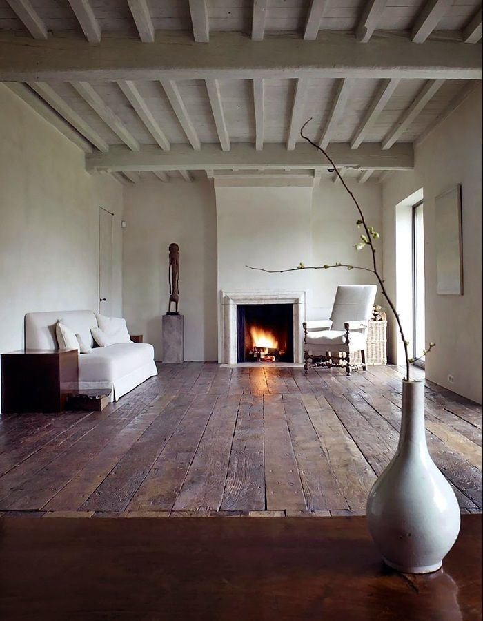 Axel vervoordt 3 wide plank wood flooring and beautiful for Wood floor and ceiling