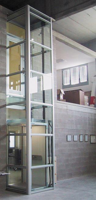 plataforma de acessibilidade enclausurada  #elevadores #elevador #residencial…