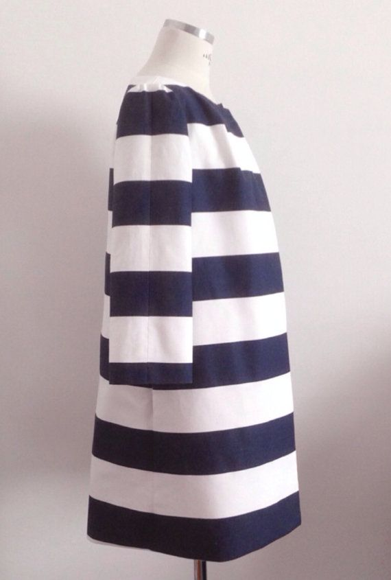 Streamlined and chic striped coat in cotton canvas    This coat is made to order.    Details:  ~three quarter length sleeves  ~center front snap closure