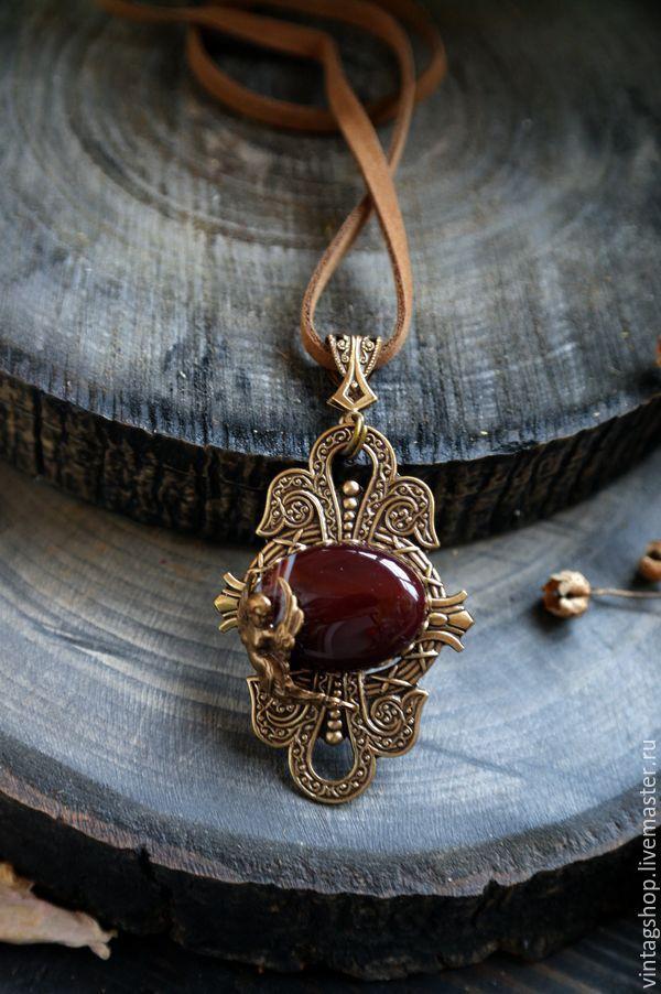 Купить Кулон с Сердоликом натуральный кмень бронза с позолотой - коричневый, кулон с камнем, кулон с сердоликом