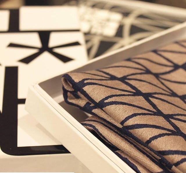 Pure elegance - silk scarf in a quality box