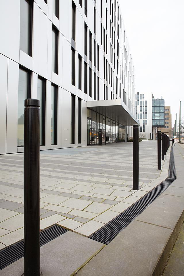 Fancy Eine neue Business Welt ist im Zentrum D sseldorfs auf dem Gel nde der alten Ulanenkaserne entstanden
