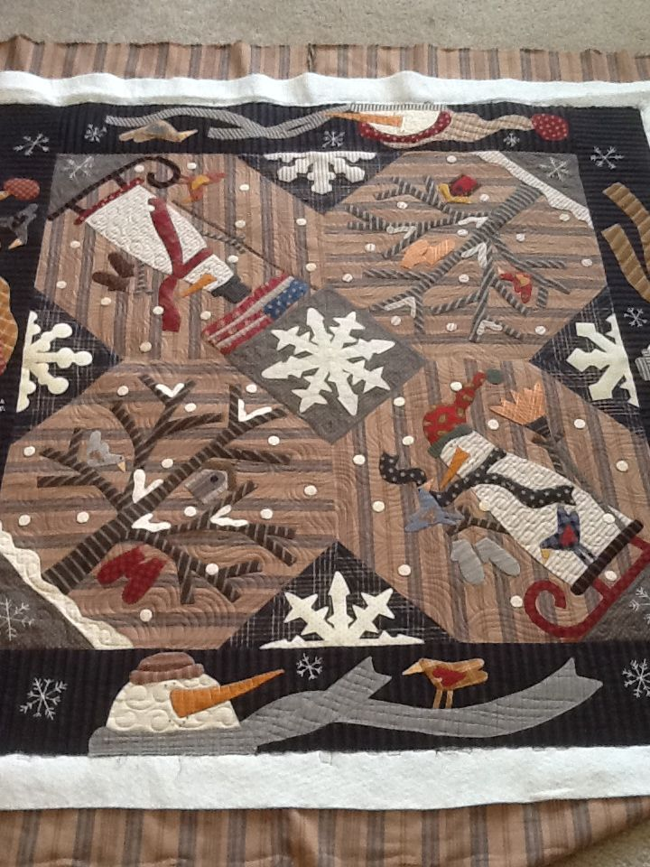 Silver Thimble Quilt Co. Designer Pat Wys and BJ Laird, & quilted by Leisa Wiggley