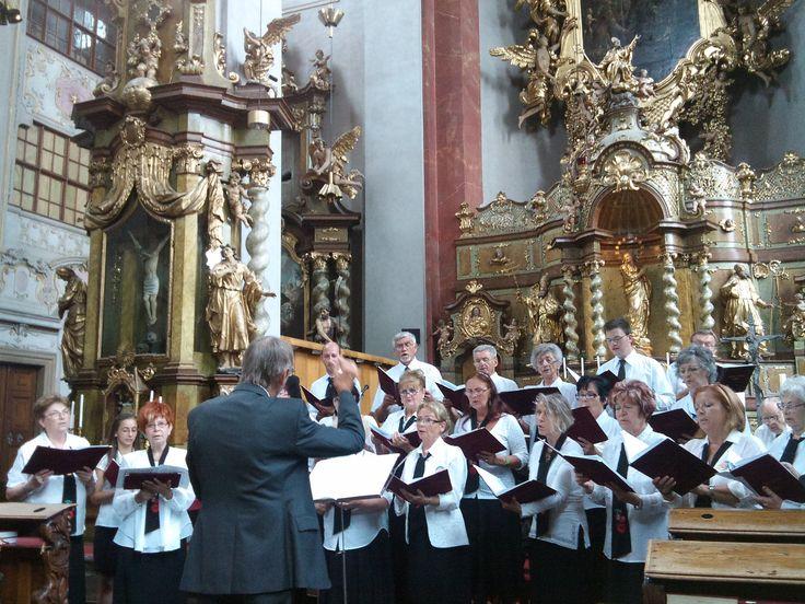 https://flic.kr/p/viM5Ln | Prague Summer Choral Meeting 2015 | San Francesco Choir (Miskolc, Hungary) at St. Giles Church. Conductor: Zsolt Regos / Szent Ferenc Kórus (Miskolc) a Szent Egyed templomban (Kostel svatého Jiljí), a Prágai Nyári Kórustalálkozon. Karnagy: Regős Zsolt miskolc.minorita.hu/?Op=kozos www.facebook.com/korus.szentferenc www.praguefestival.cz/summer-choral *** For using my photos online or in print, or for partnership opportunities, please contact me at…