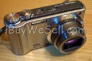 Digitalkamera Panasonic LUMIX TZ-7, 10,1 megapixlar.  12x zoomobjektiv (25-300 millimeter).  Optisk bildstabilisator.  Batteriladdare.  Kameran klarar att filma i HD-upplösning.  Check out more #cameras for sale on http://www.ibuywesell.com/en_SE/category/Cameras/396/  #PanasonicLUMIX #digitalcamera #usedcamera