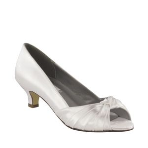 Dyeables Becky Shoe White Satin 6199 Slip into the Becky shoe with its luxurious satin upper
