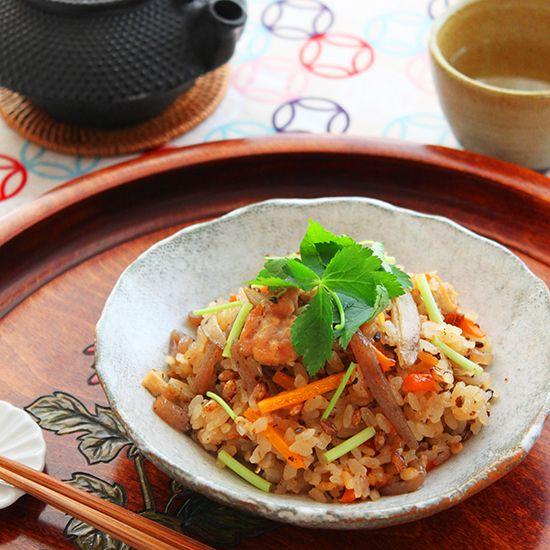 【富澤のだし香る鶏五目ごはん】の材料は、富澤商店オンラインショップ(通販)、直営店舗でご購入いただけます。また、無料のレシピも多数ご用意。確かな品質と安心価格で料理の楽しさをお届けします。