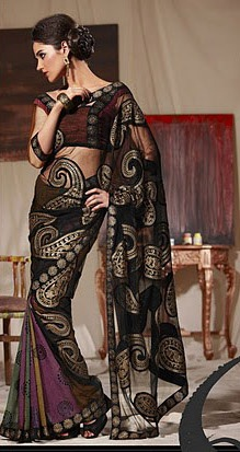 Paisley Saree Online Saree Shopping - http://www.kangabulletin.com/online-shopping-in-australia/bollywood-fashion-australia-discover-a-striking-collection-of-indian-clothes/