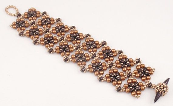 Beading Tutorial for Square Deal Bracelet jewelry pattern