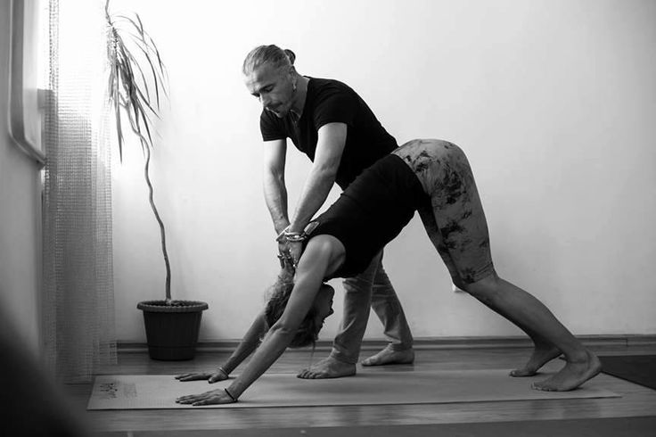 Anatoliy Zenchenko instructor of Ishvara yoga in Ukraine. Read reviews from his student and find out where he is teaching at https://topyogis.com