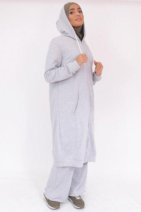 Voici une tenue large pour le sport, tenue adaptée aux femmes voilée. sosab. b164975dba1