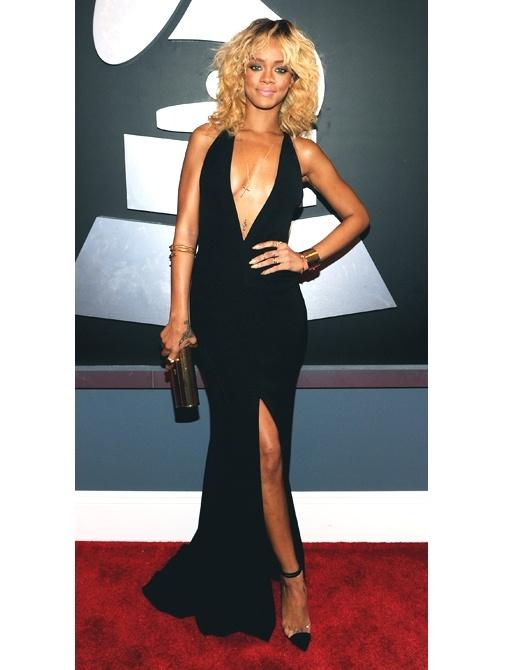 Rihanna: Rihanna Deep, Girls Crushes, Neck Black, Hot Dresses, Red Carpets, Christian Louboutin, Giorgio Armani, Style File, Grams Celebrity