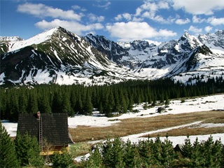 Tatra Mountains- the border between Poland and Slovakia. Absolutely beautiful