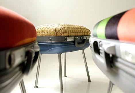 Convertir unas maletas viejas en originales sillones y taburetes