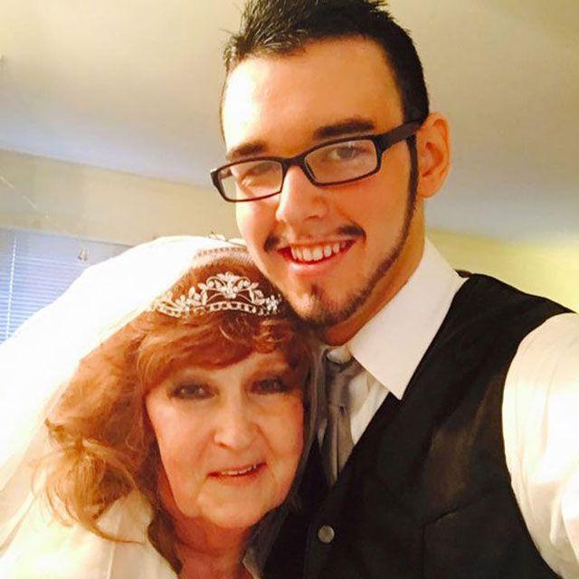 54 Yaş Farkı İle Evlilik
