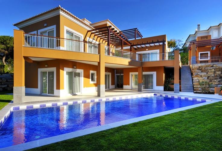 Stilvolle Villa mit Golfplatz und Meerblick › Immobilien
