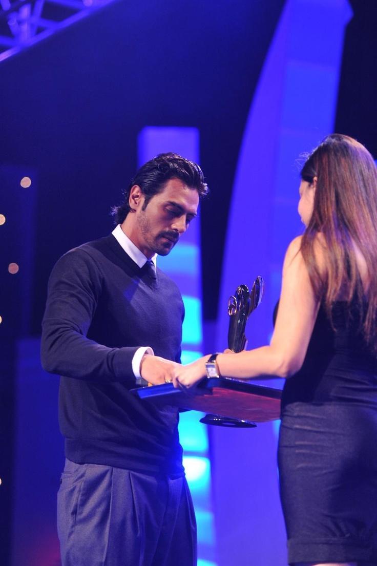 Arjun Rampal at Bloomberg TV Autocar Awards 2013.