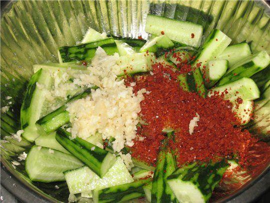Кимчи (острый салат) из огурцов - по корейски : Салаты