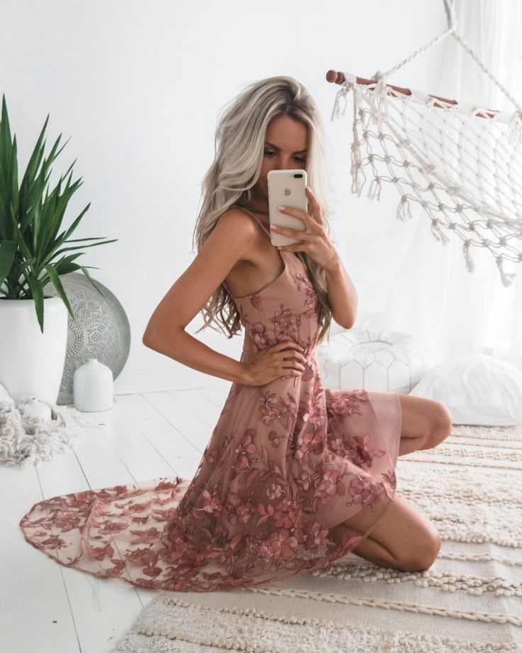 Saskia High Low Embroidery Dress in Dusty Blush | Shop now