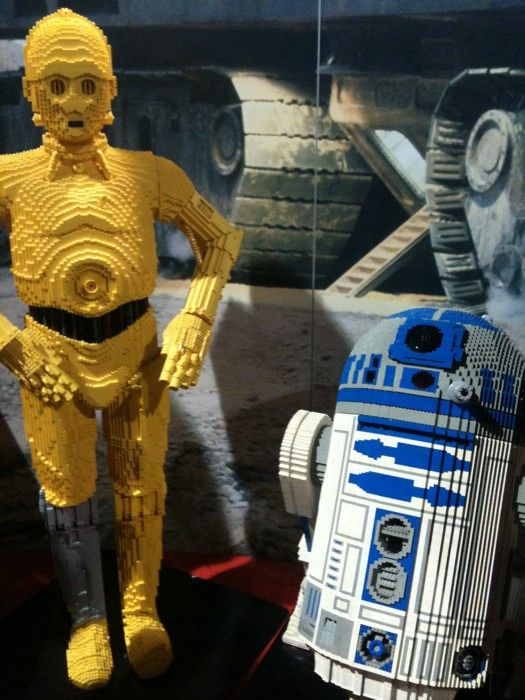 Legos and Star Wars.... it does not get much geekier than this!