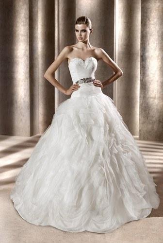 Vestidos de novia verano 2012: Bridal Shops, Wedding Dressses, Full Skirts, Ball Gowns Dresses, Dreams, Wedding Dresses, Bridal Boutiques, Bridal Gowns, Pronovia Benicarlo