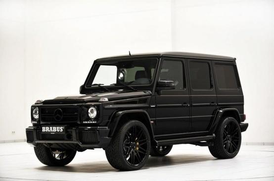 Blacked out Mercedes G Wagon, Mafia Style