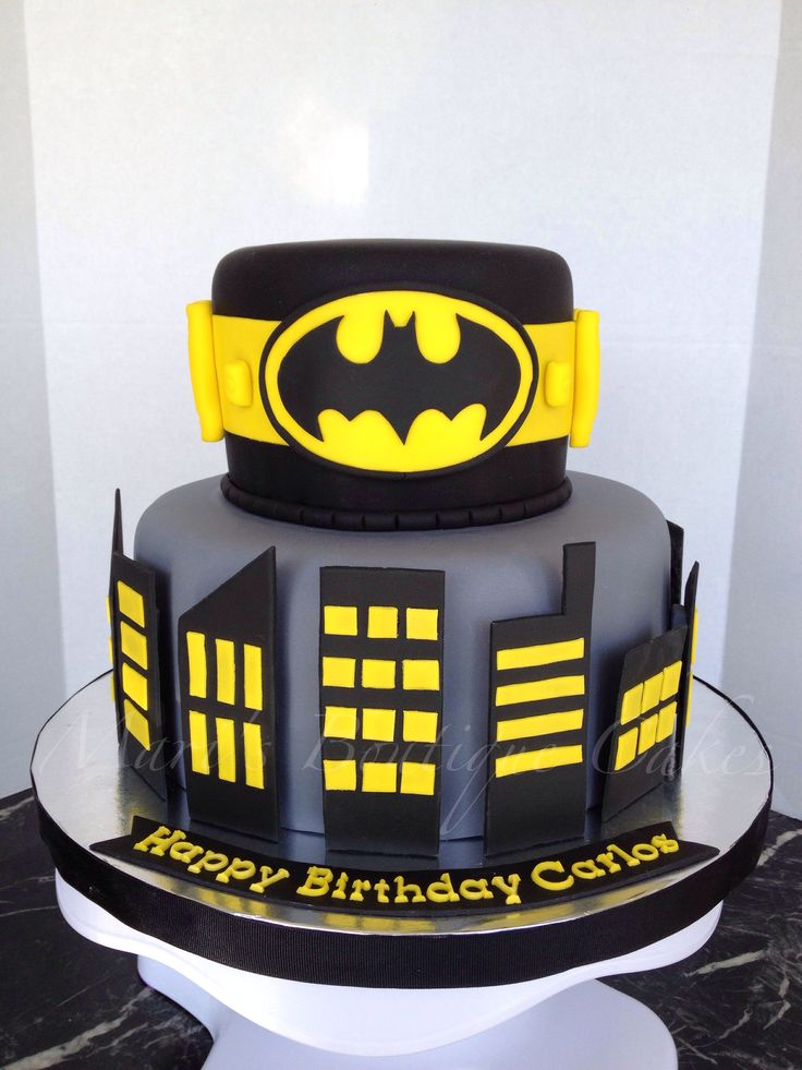 Batman Cake By Mari S Boutique Cakes Party Pinterest
