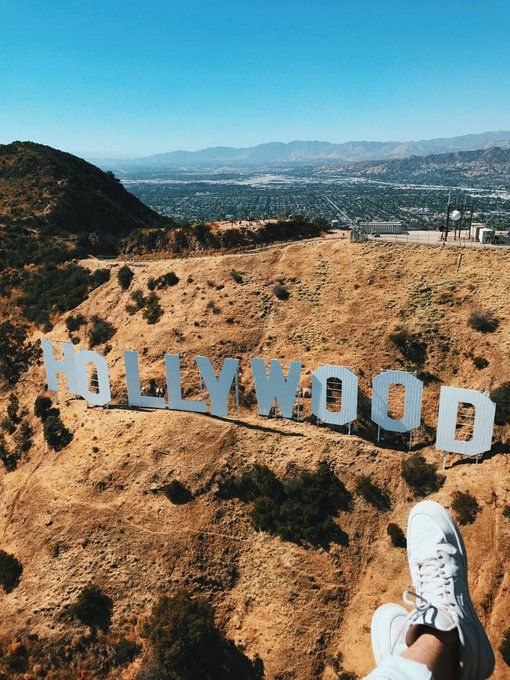 seeing the Hollywood sign is def on this summers bucket list!!