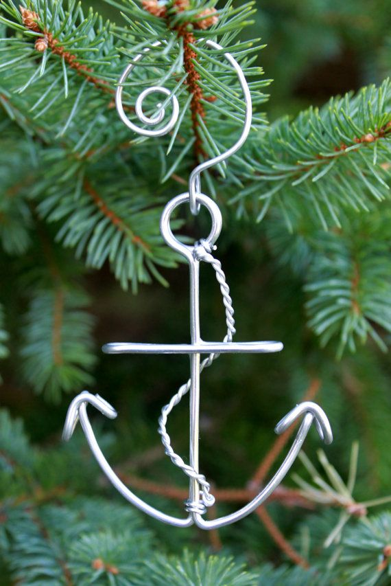 Nautical Anchor Christmas Ornament Made with Wire. By deliziare on Etsy. DIY.