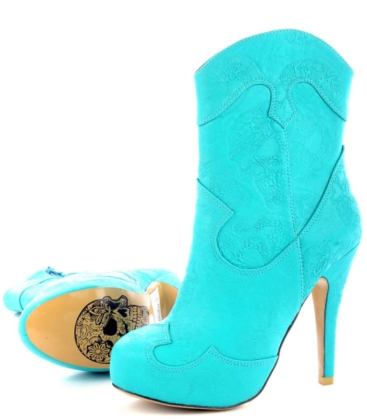 """Iron Fist Tigre & Bunny Cropped Cowboy Boot~now this is how I dress """"country"""""""