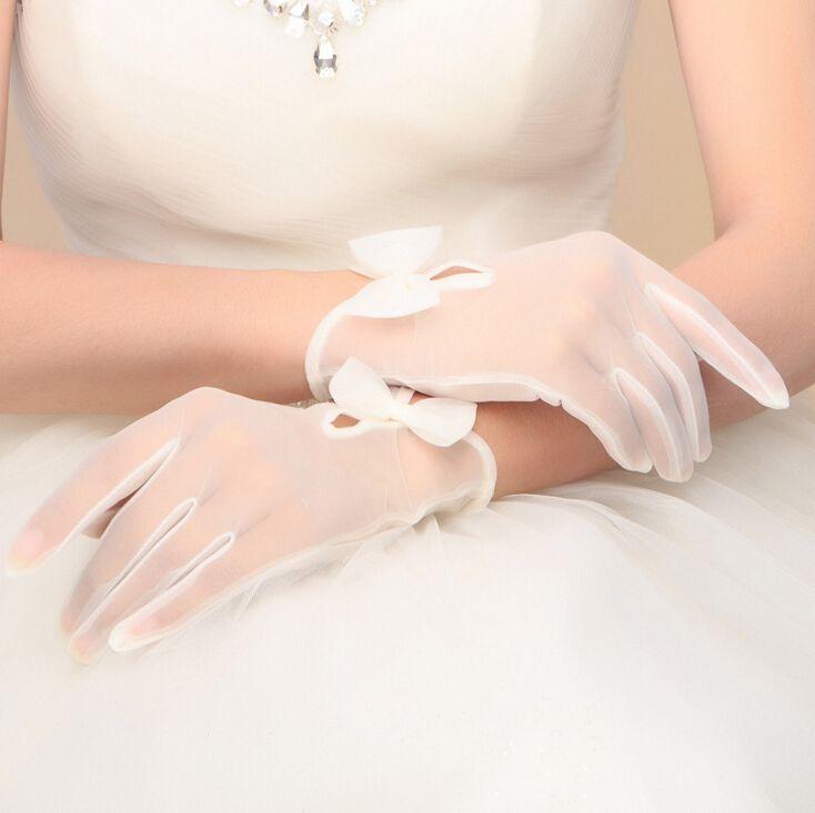 Купить товар Модест белый и Beige свадебные перчатки с бант палец длина свадьба аксессуары свадьба перчатки в категории Свадебные перчатки на AliExpress. Модель-шоу Размер Размер Бесплатно &nbsp