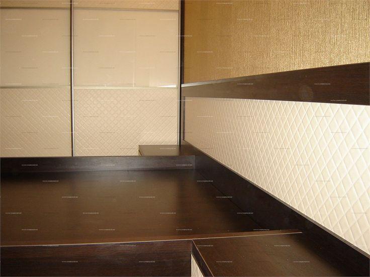 Мебель для спальниКровать со спинкой из искожи SIBU rombo kreme 40*40