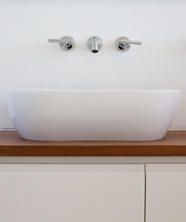 simple beautiful bathrooms at shirley wayne architect @ www.swarchitect.co.za