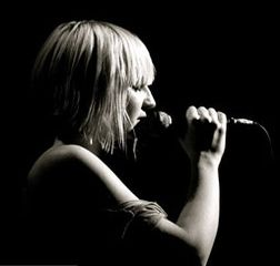 Sia. Stunning voice. Been a fan ever since I heard 'Breathe Me' on the Six Feet Under series finale in 05.