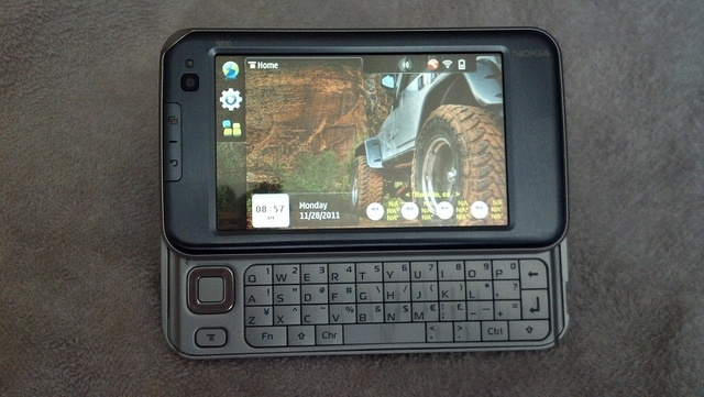 Nokia n810 Internet Tablet -   2012-04-07 08.49.09 by prdamrcn, via Flickr