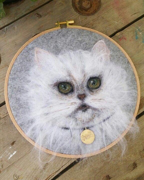 Yumi. Needlefelting cat. Instagram :handesanat