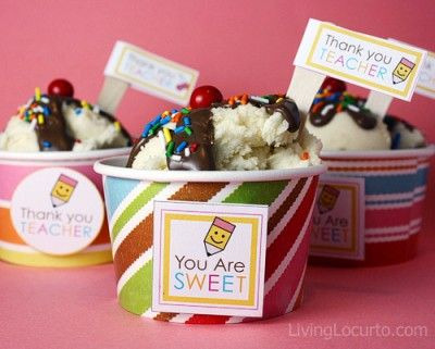 Teacher Appreciation Cupcakes: Teacher Gifts, Teacher Appreciation, Gifts Ideas, Ice Cream Cupcakes, Teacher Looks, Teacherit, Savory Recipes, Teacher It, Icecream