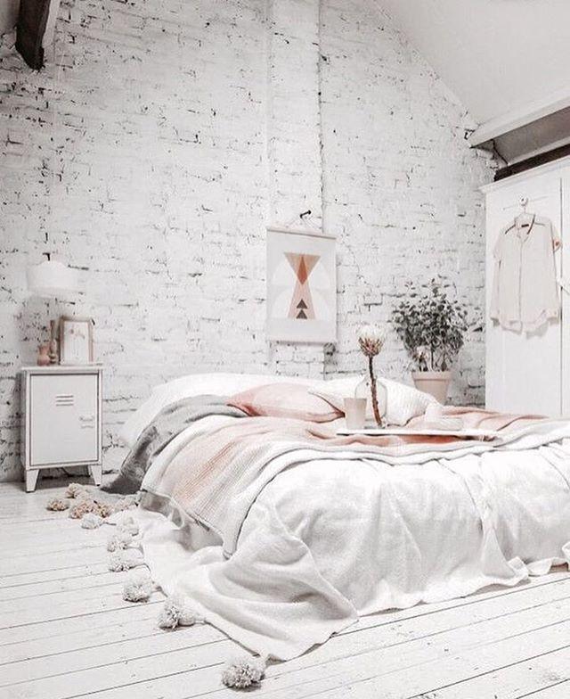 @odyvet 'a pretty bedroom ✨