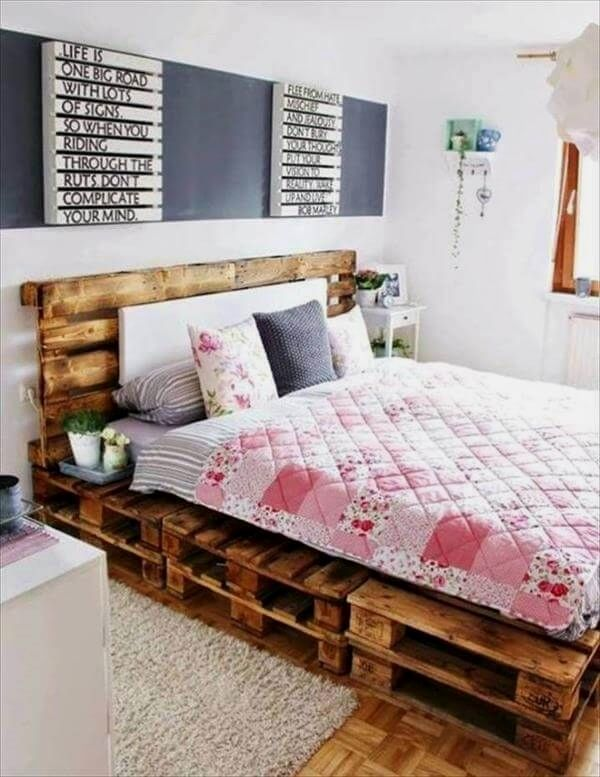 Functional Pallet Style Bedroom Furniture Plans You Can Do To Update Your DIY Recycled Bed Frame Pa