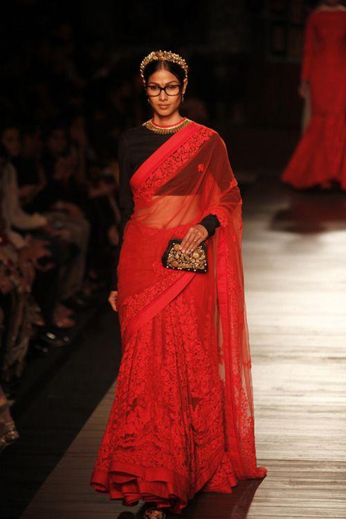 rangbirangeveham: Source: Vogue India Valentino meets Blair meets Bhartiya Naari = Sabyasachi Couture 2012 PS. Old but Gold.
