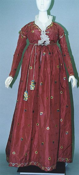 Silk dress (location unknown), 1795