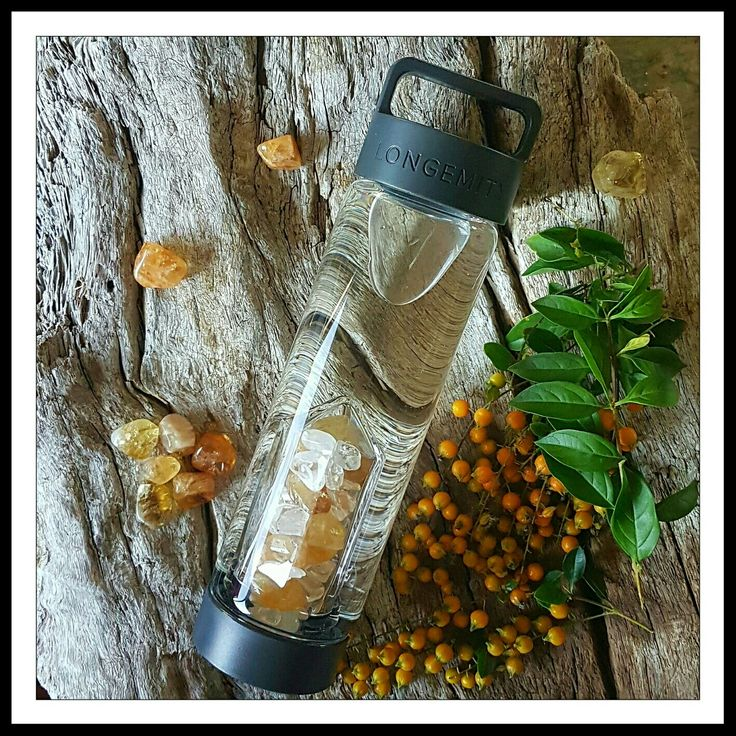 Longemity Citrine and Clear Quartz Crystal Infused Water Bottle. Awakening, awaken your mind body and spirit with this sunshinny blend of gem water hydration