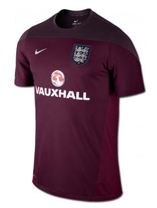 Nueva camiseta de entrenamiento de la selección nacional de #Inglaterra de la marca #Nike.