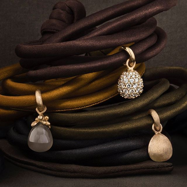 That extra individual touch! Sweet Drops charms present a variety of…