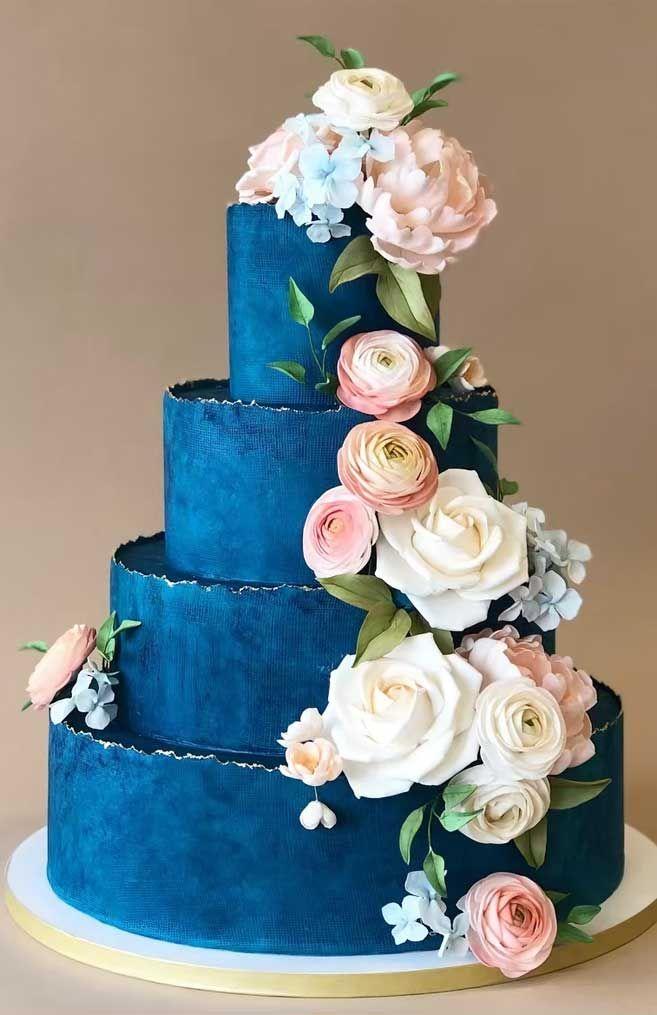 Die 50 schönsten Hochzeitstorten – dunkelblaue Hochzeitstorte  – Cake Art